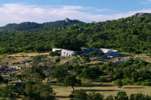 Ancient ruins: Great Zimbabwe