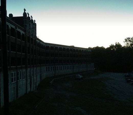Another great sunset photo at Waverly Hills Sanatorium.