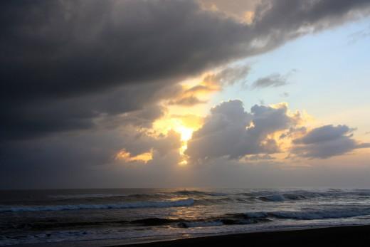 A beautiful cloudy sunset off the coast of Costa Rica (Dec 7, 2009)