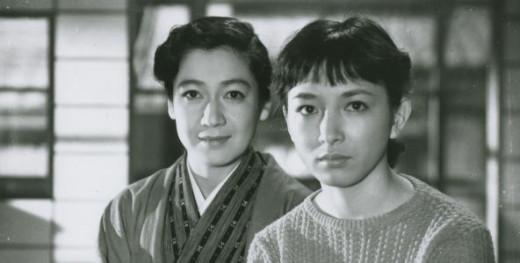 Two troubled sisters: Takako (Setsuko Hara) and Akiko (Ineko Arima) in Yasujirō Ozu's Tokyo Twilight (1957)