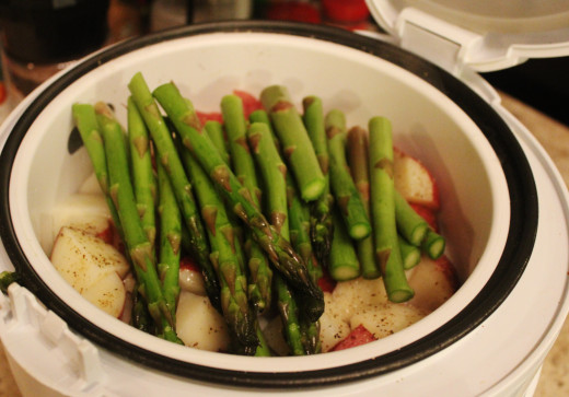 Using a Rice Cooker to Steam Veggies