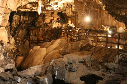Not actual Louisville Mega Cavern shown here.