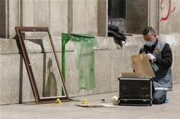French Police investigate the 2010 Musée d'Art Moderne de la Ville de Paris Heist