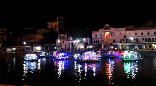 Ram Ghat at night 2