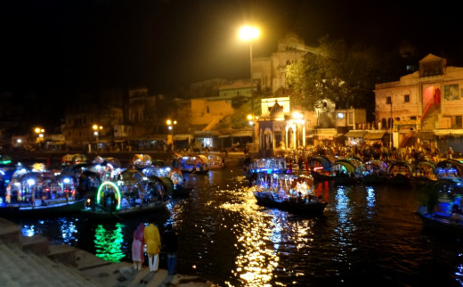 Ram Ghat at night 4
