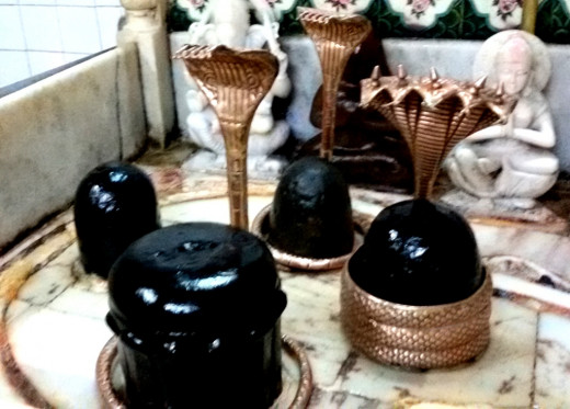 Shiva Lingams at Mattagajendra Shiva temple