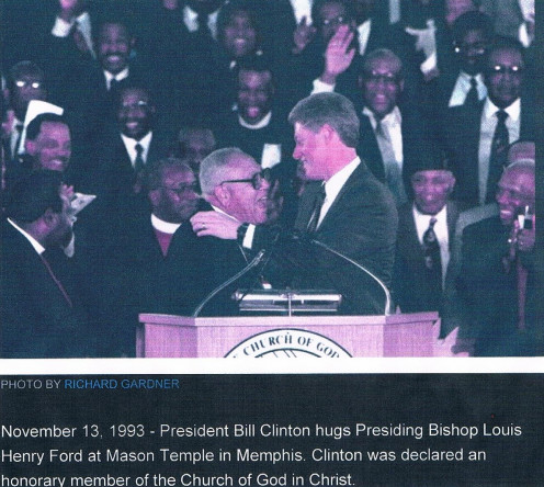 Chief Apostle Louis Ford (now deceased) and President Bill Clinton greet each other at  Church of God in Christ (COGIC)1993 Holy Convocation in Memphis TN.