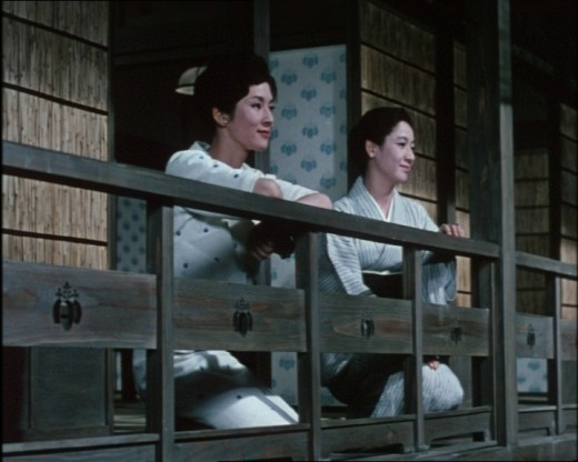 Noriko (Yoko Tsukasa) and Akiko (Setsuko Hara) share a mellow moment in Yasujirō Ozu's The End of Summer (1961)
