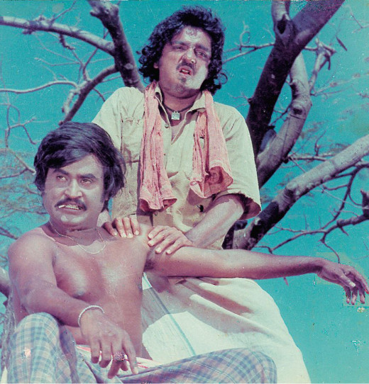 Rajinikanth and Kamal Hassan in 16 Vayathinile