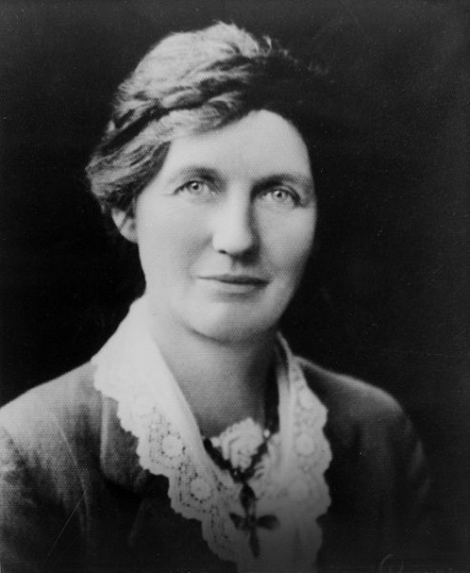 Elizabeth McCombs ca. 1933. Photo Credit - https://en.wikipedia.org/wiki/Elizabeth_McCombs