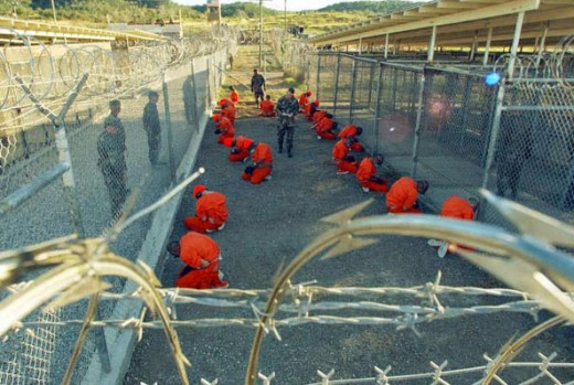 Gitmo prisoners praying?
