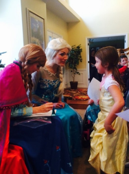 Another little princess getting special attention from Else and Anna