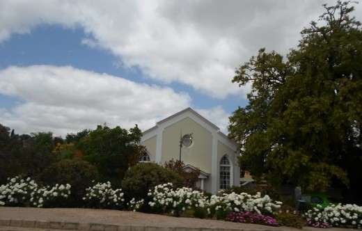 A house with a beautiful garden in Caledon, Western Cape, South Africa