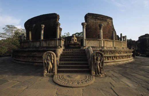 Polonnaruwa - the city of great Kings and Buddhist culture