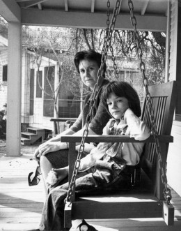 Mary Badham and Nelle on porch of the set