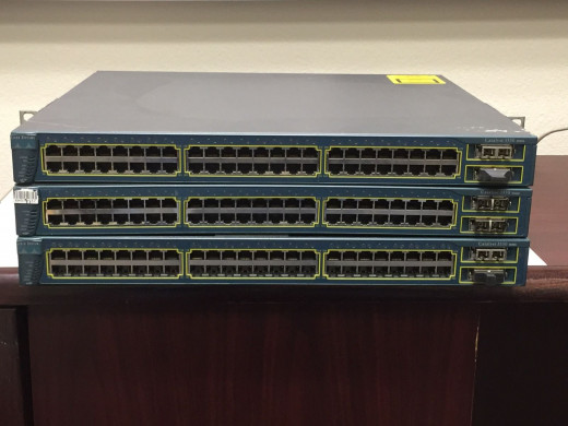 Here, as a managed stack, the 3550 has several GBIC ports available.  It's heyday is over, and is relegated to the realms of training or small business.