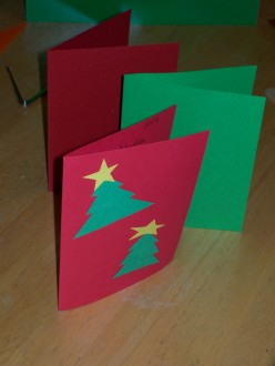 How to Crease Paper When Making Holiday Cards