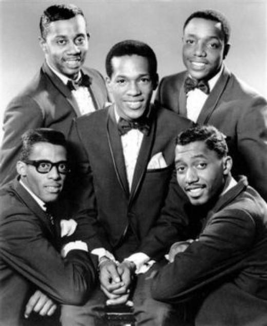 "The ""Classic 5"" Temptations: (clockwise, from upper right) Paul Williams, Otis Williams (no relation), David Ruffin, Melvin Franklin, Eddie Kendricks (center)"