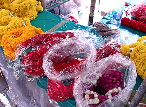 More flower garlands for sale