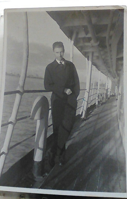 Unknown Engineering Officer, RFA Brown Ranger, Shanghai 1945