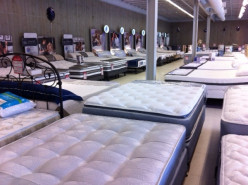 How To Choose A Mattress For An Older Parent!