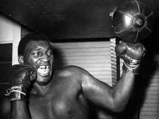 Buster Mathis fought them all from Muhammad Ali to Joe Frazier. Mathis had skills on offense and defense.