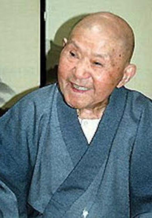 Tomoji Tanabe (lived 113 years)