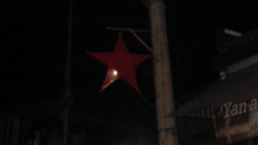 The star decorations in Calumpit can hardly be seen at night.