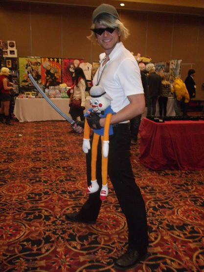 A Bro cosplayer who kindly allowed me to take his picture.