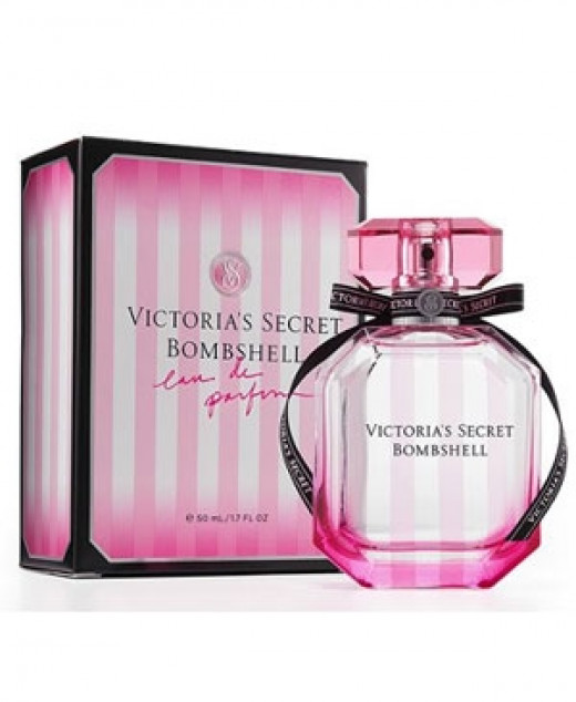 Victoria's Secret Bombshell Perfume is a fruity floral light scent that has notes of purple passion fruit, Shangri-la peony and vanilla orchid.