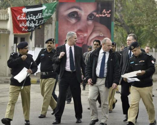 Scotland Yard investigating Bhutto's death
