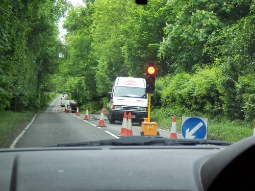 A very handy way to control traffic in work zones