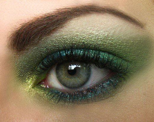 Eye Makeup for Brown Hair, Fair Skin, and Green Eyes