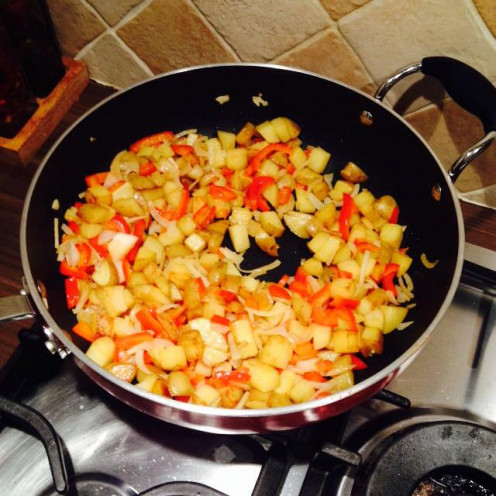 Pan fry Potatoes, Peppers, Onion and Spices