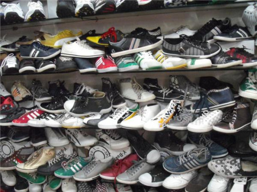 Shoes sale at Ded Galli