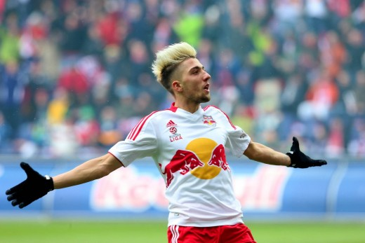 Kevin Kampl in the jersey of Austrian side Red Bull Salzburg.