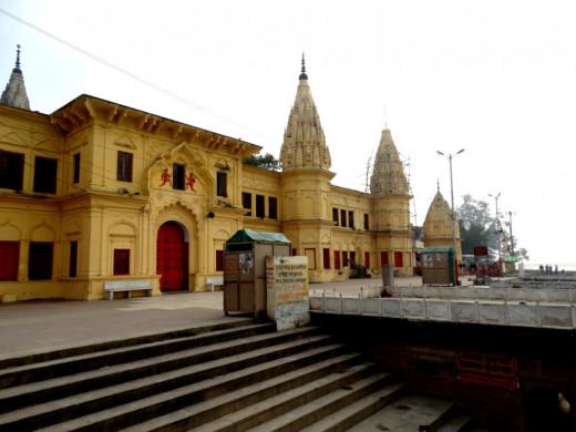 Guptar Ghat 4