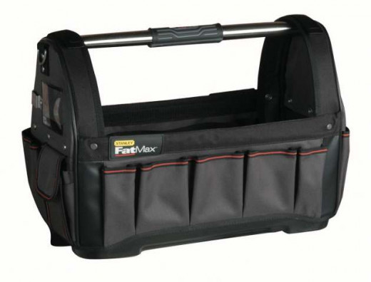 This tool bag is ideal for storing all sorts of things such as hammers, files, screwdrivers, tape measure, spanners, a box of drills, spirit level, wire, all sorts of things. Everything can just be thrown in and can be taken anywhere around the home.