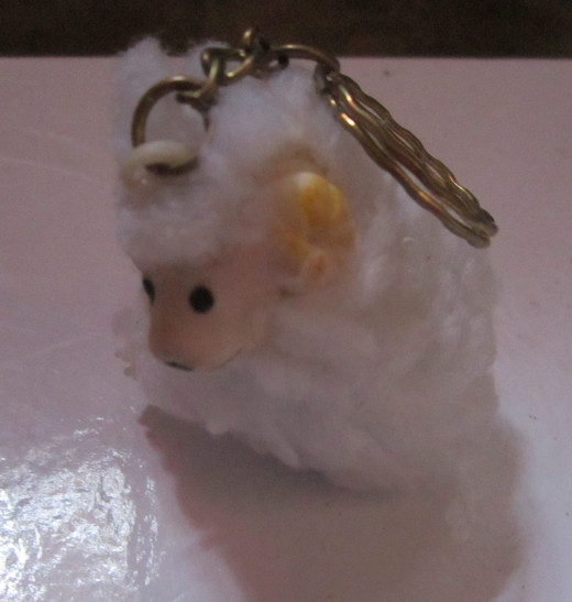 White sheep key chain