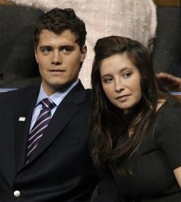 Teen parents, Levi Johnston & Bristol Palin