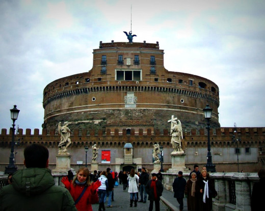 Ponte Sant'Angelo, the bridge in front of the Castel Sant'Angelo, is one of the most notorious execution sites in Rome.