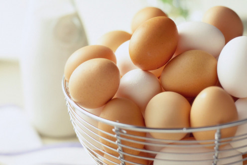 Learn more about the difference between white eggs and brown eggs.