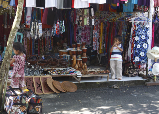 One of Bali's many craft sellers.