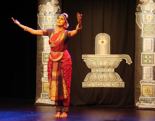 Bharatanatyam dance