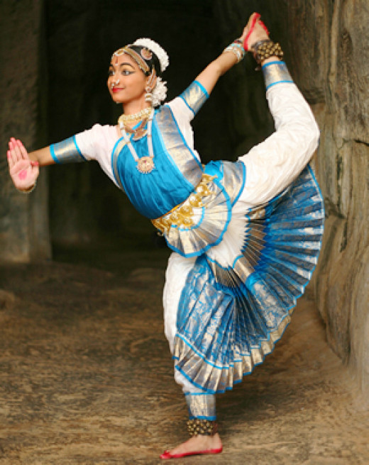 Indian dancer posing Nataraja.
