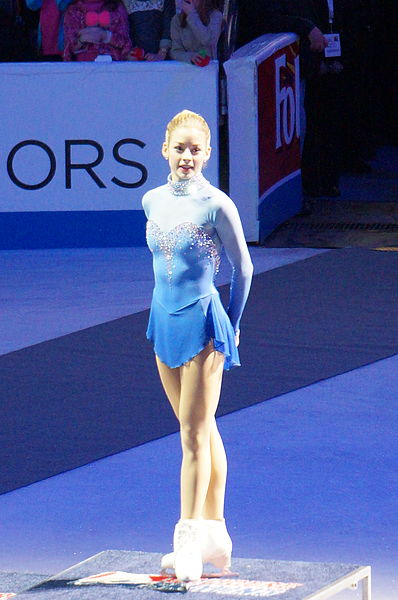 Reigning champ Gracie Gold at the 2014 US National Champs. I don't own this pic. No copyright infringement is intended. No edits made. Used via: https://creativecommons.org/licenses/by-sa/2.0/