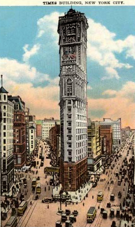 THE NY TIMES BUILDING DOMINATED THE MIDTOWN SKYLINE IN THE 1900s