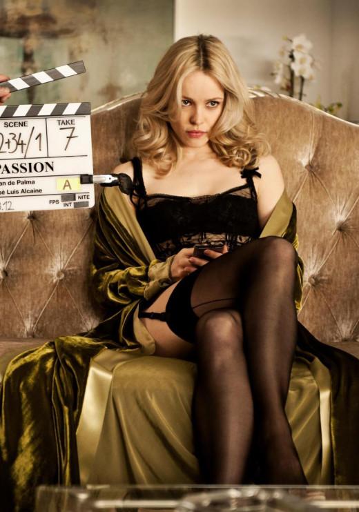 Rachel Mcadams crossed legs in lingerie: hunter1riley.hubpages.com/hub/Crossed-Legs-in-High-Heels