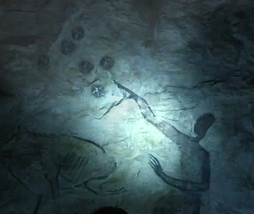 Cave painting from the film Prometheus that somehow implies aliens