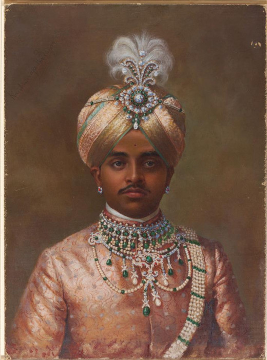 Bejeweled Maharajah of Mysore. © V&A Images/Victoria and Albert Museum, London.